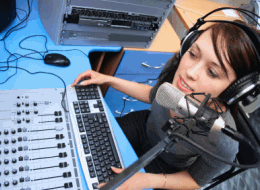 Is Journalism the right college course for somebody who wants to be a radio presenter/DJ?
